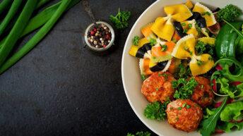 Brak pomysłu na obiad? Sprawdź proste i szybkie przepisy na dania z kurczaka